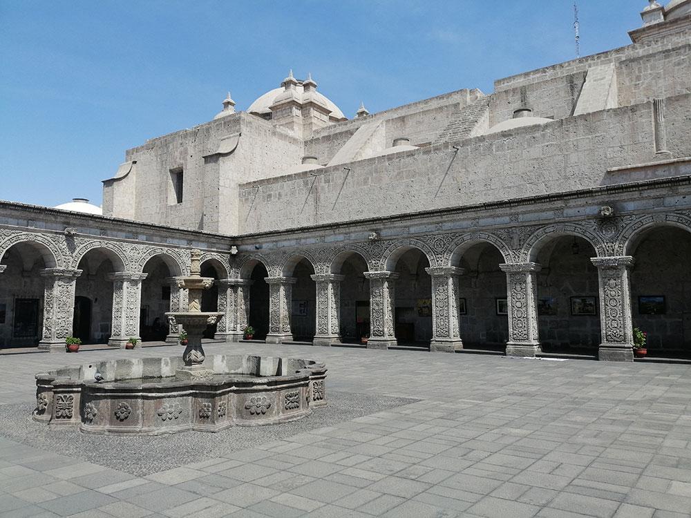Arequipa Chiostro
