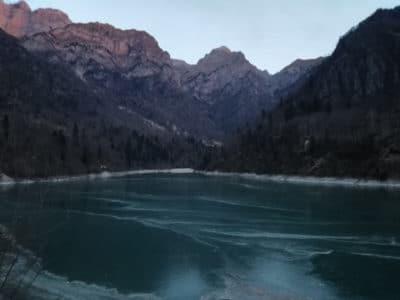 Lago della Stua ghiacciato