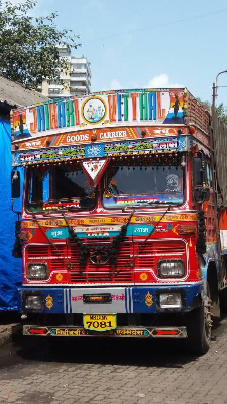 camion india