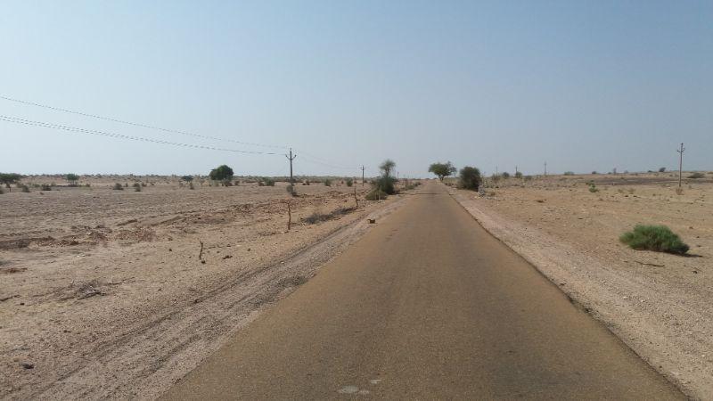strada nel deserto del thar