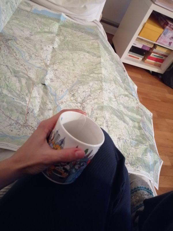 monte totoga con carta topografica