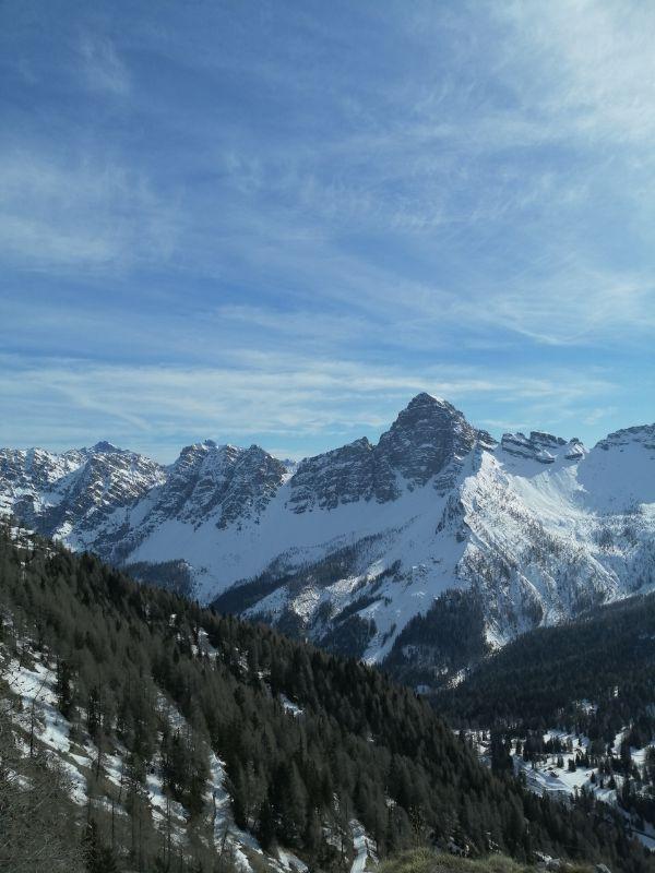 Vista salendo verso il Monte Rite