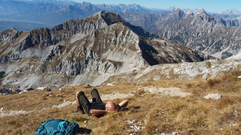 Davide in relax con zaino