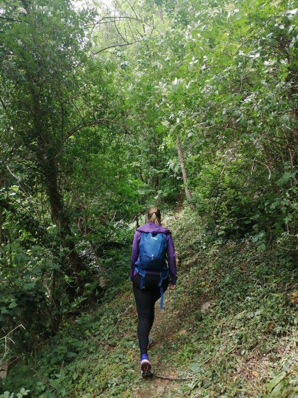 Silvia durante la camminata