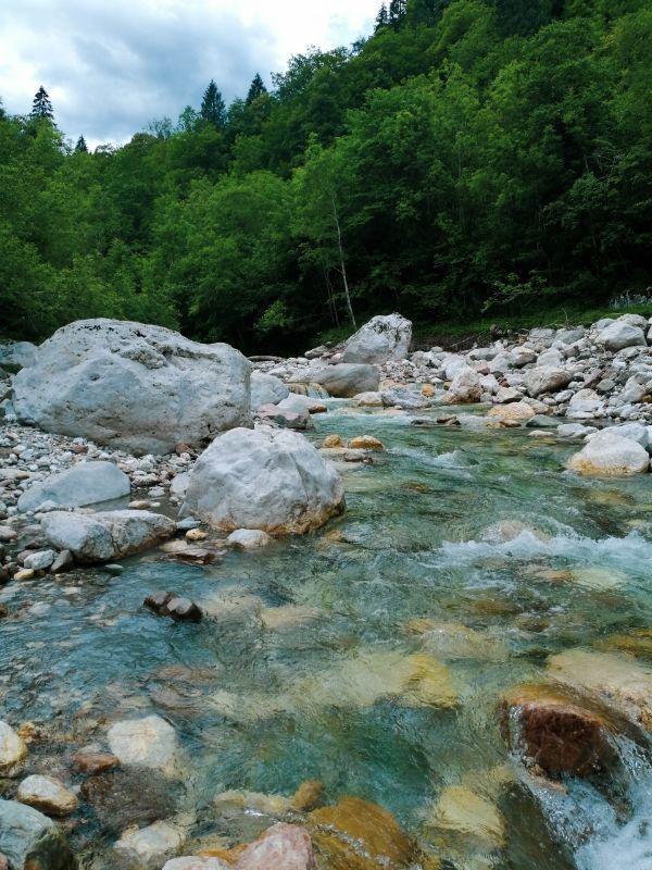 acque turchesi del fiume del Mis