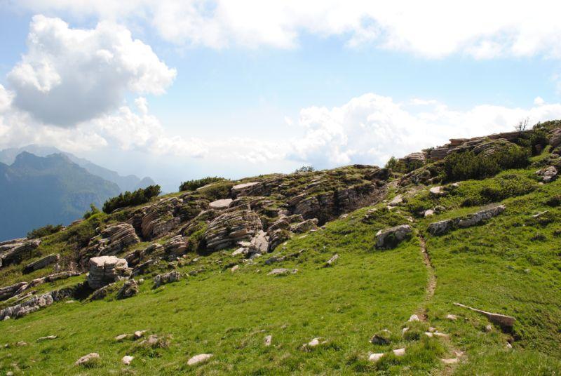 splendida cengia verso il Monte Borgà