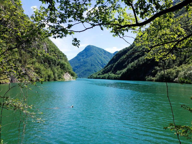 Veduta sul Lago del Mis