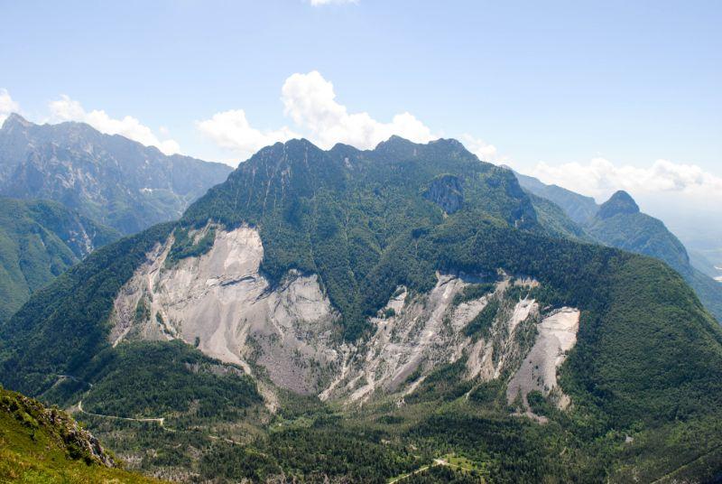 vista sulla frana del Monte Toc