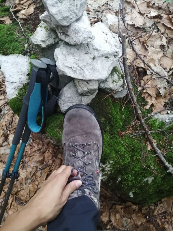 manutenzione scarponi da trekking