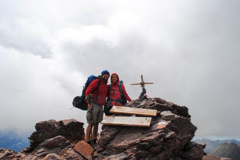 Silvia e Davide sul Monte Cinto
