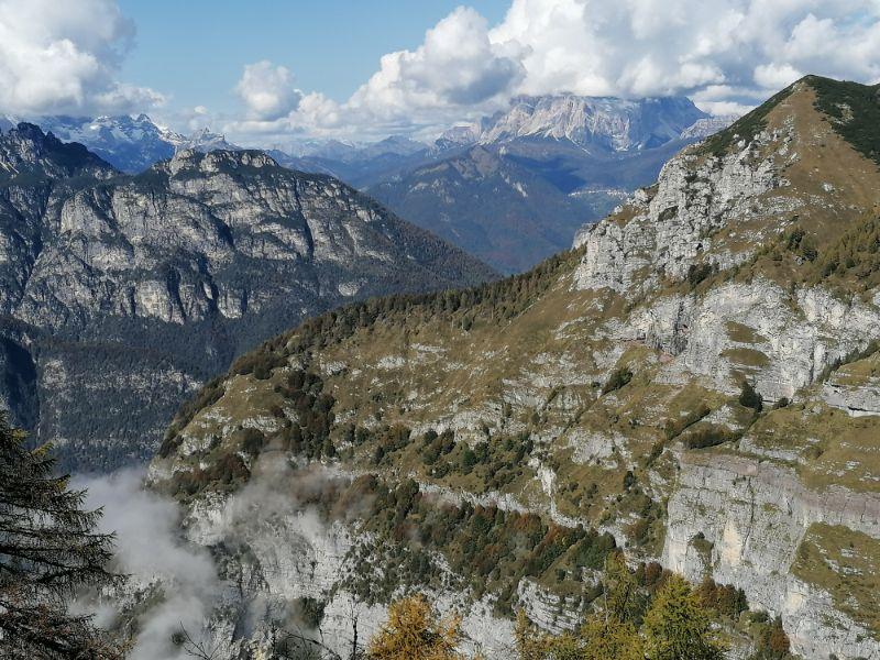 Panorama verso le Dolomiti da Cima de l'Albero