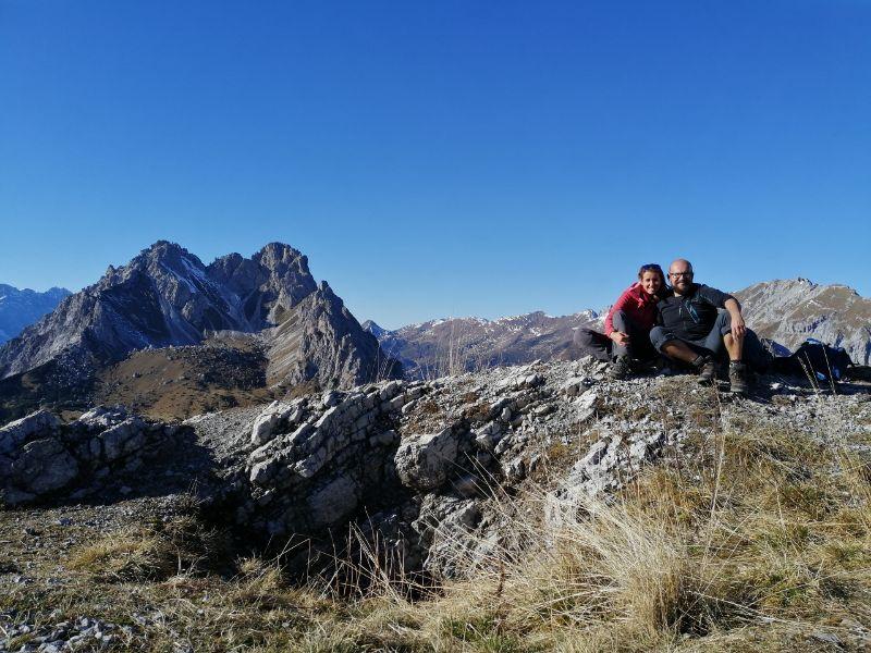 Silvia e Davide in cima al Monte Schiaron