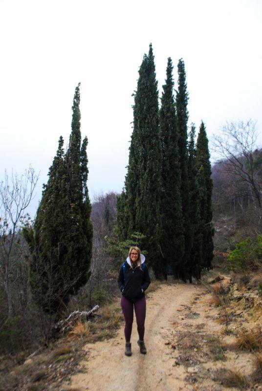 Silvia in discesa dal Monte Tondo