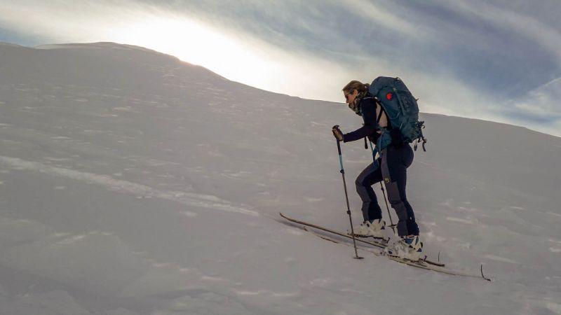 Silvia verso cima Valgrande Alpago