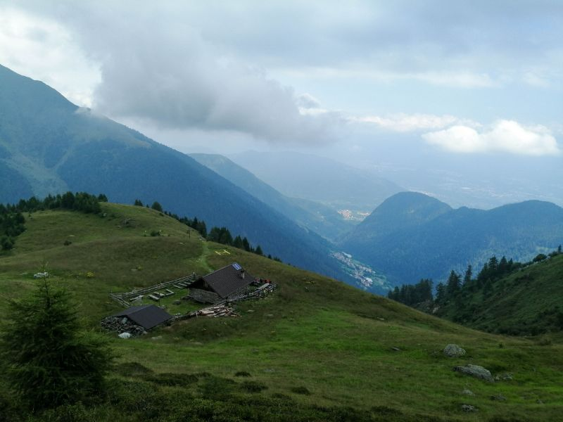 Bivacco Pozze vista sull'alta Val di Non