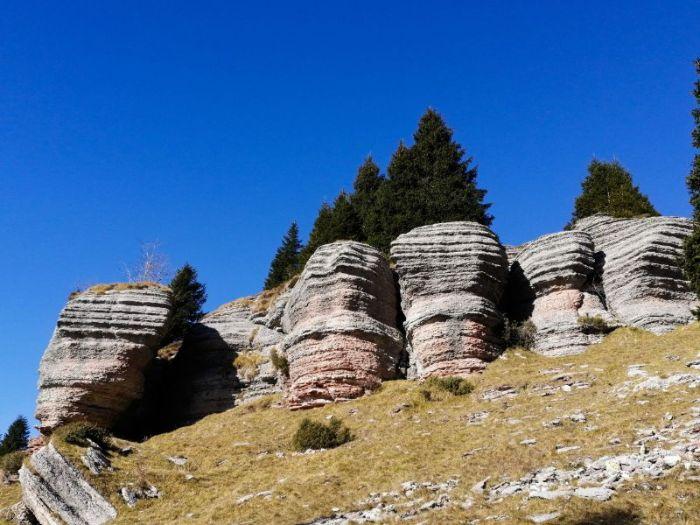 Città di roccia Monte Fior, i libri di Asiago